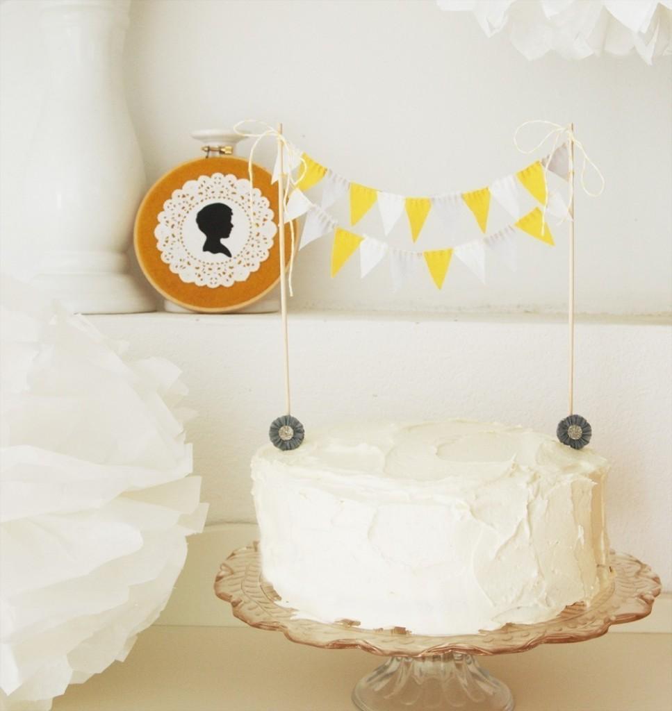 kiki la rue original cake bunting kay