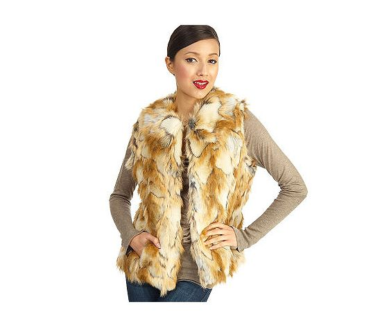 rachel zoe faux fur vest with hook and eye closure