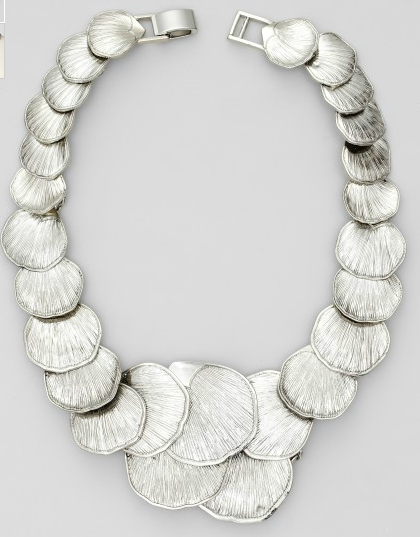 ann taylor seashell statement necklace