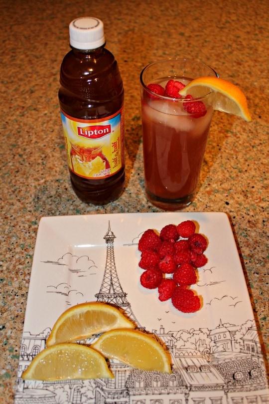 raspberry lemonade tea mocktail