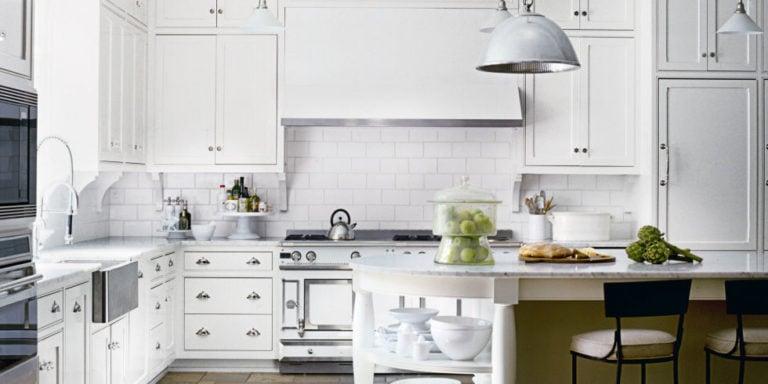 Decor Trend: White Kitchens