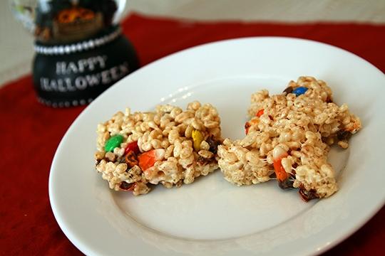 Halloween Candy Rice Krispie Treats