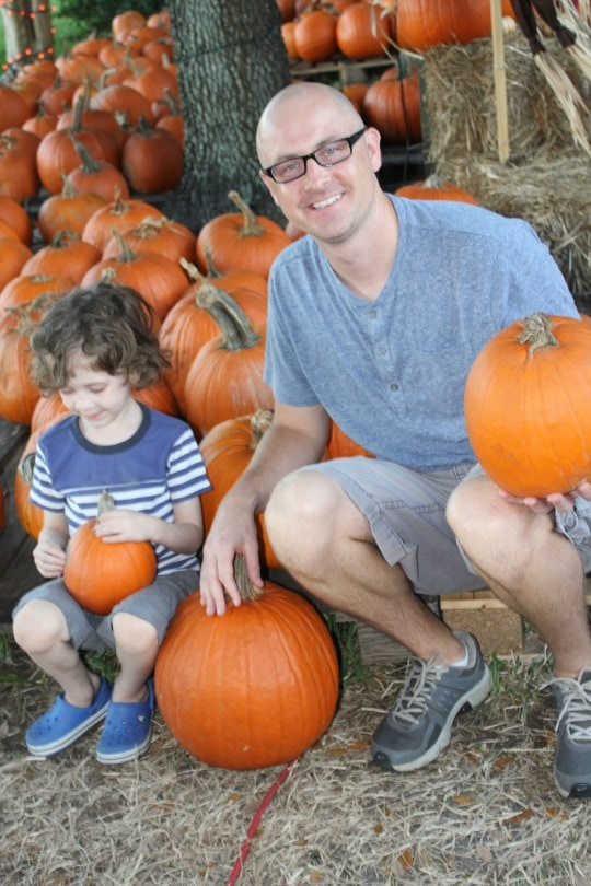 family fun, pumpkin patch, stokke scoot review, stokke scoot, compact stroller