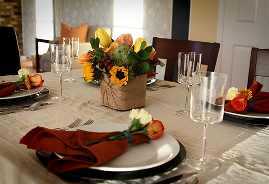 Easy Chic Thanksgiving Tablescape