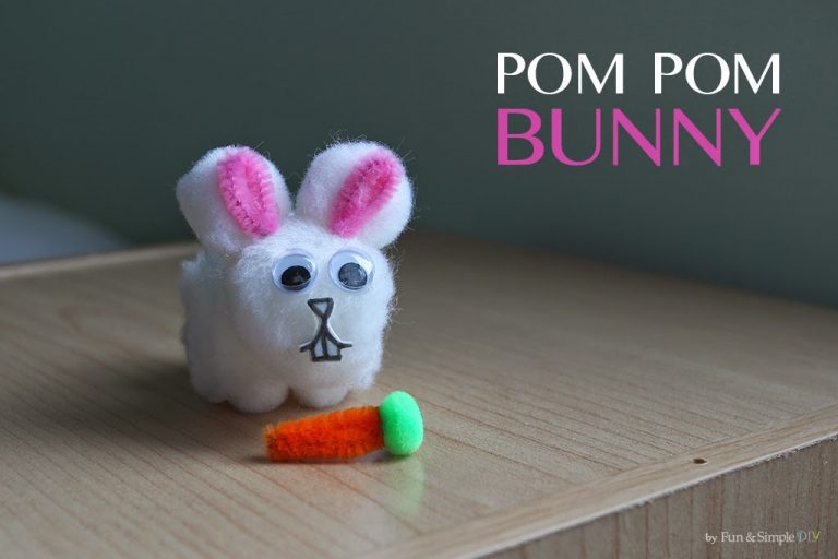 DIY Pom Poms: Easter Bunnies
