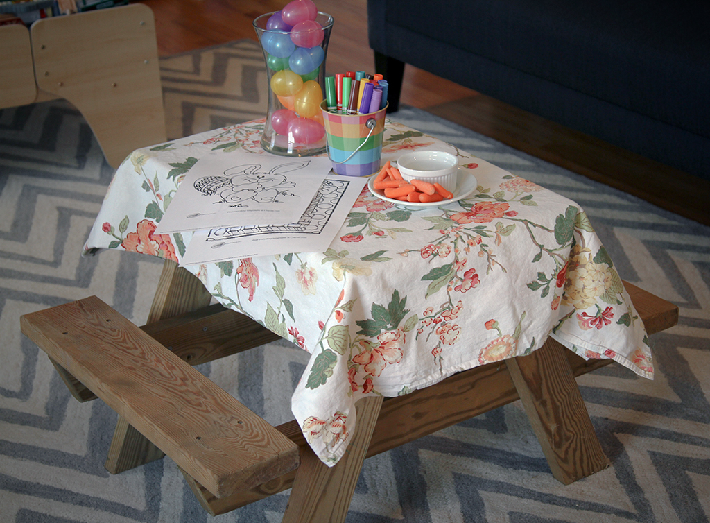 Kids Easter Picnic Table