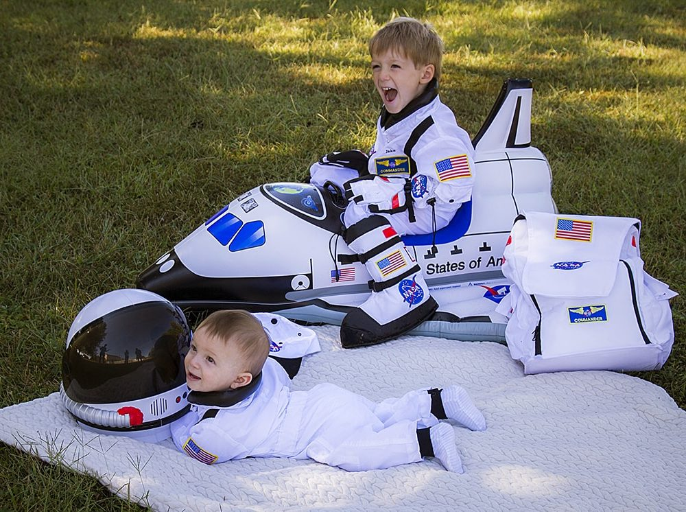 Astronaut Brothers