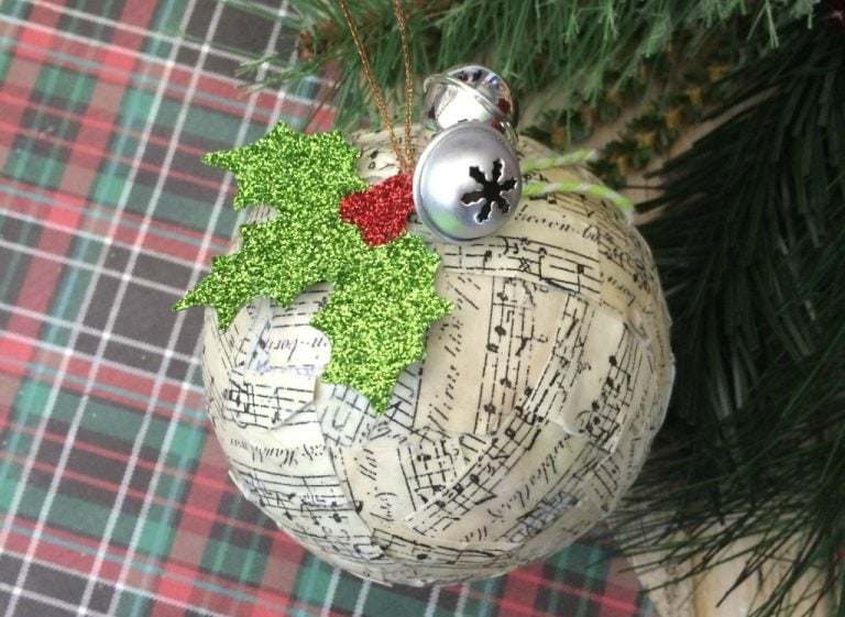 Easy DIY Music Note Ornament