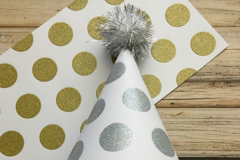 Easy DIY New Year's Eve Party Hats