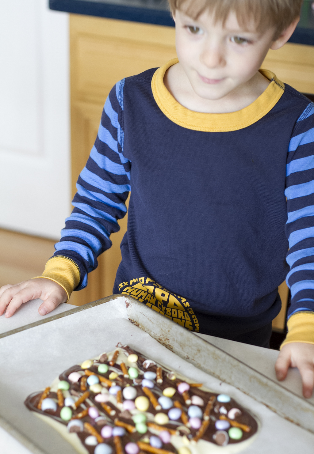 child helping to make Easter bark recipe