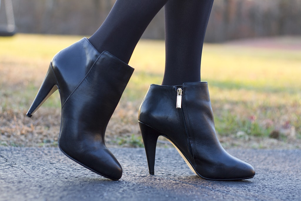Black Banana Republic Booties
