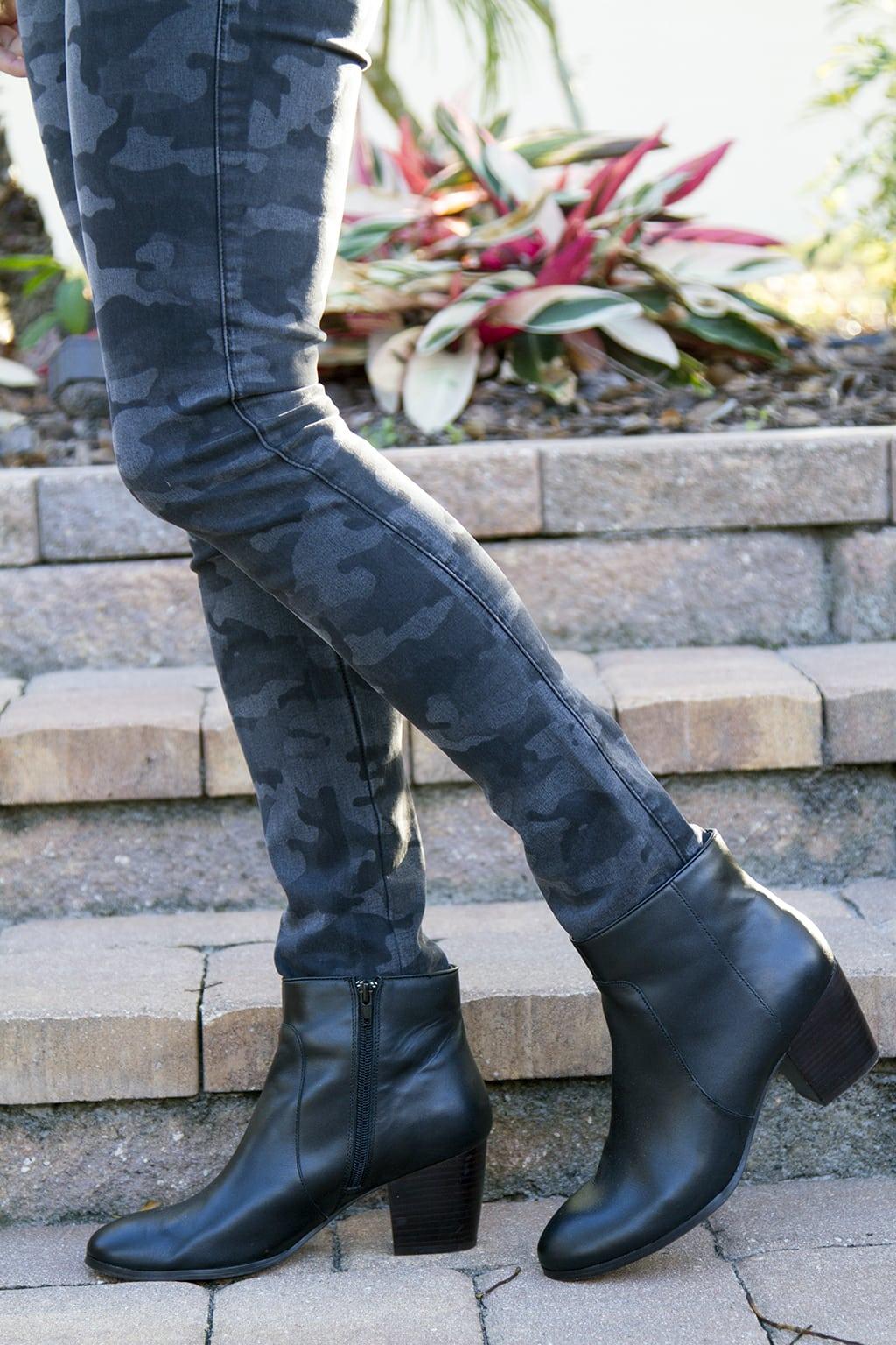 James Camo Jeans