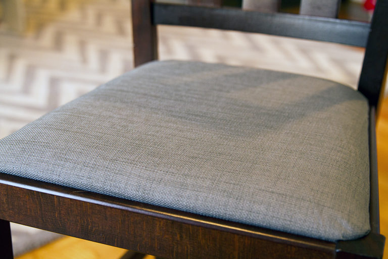 How to Recover Fabric Chairs