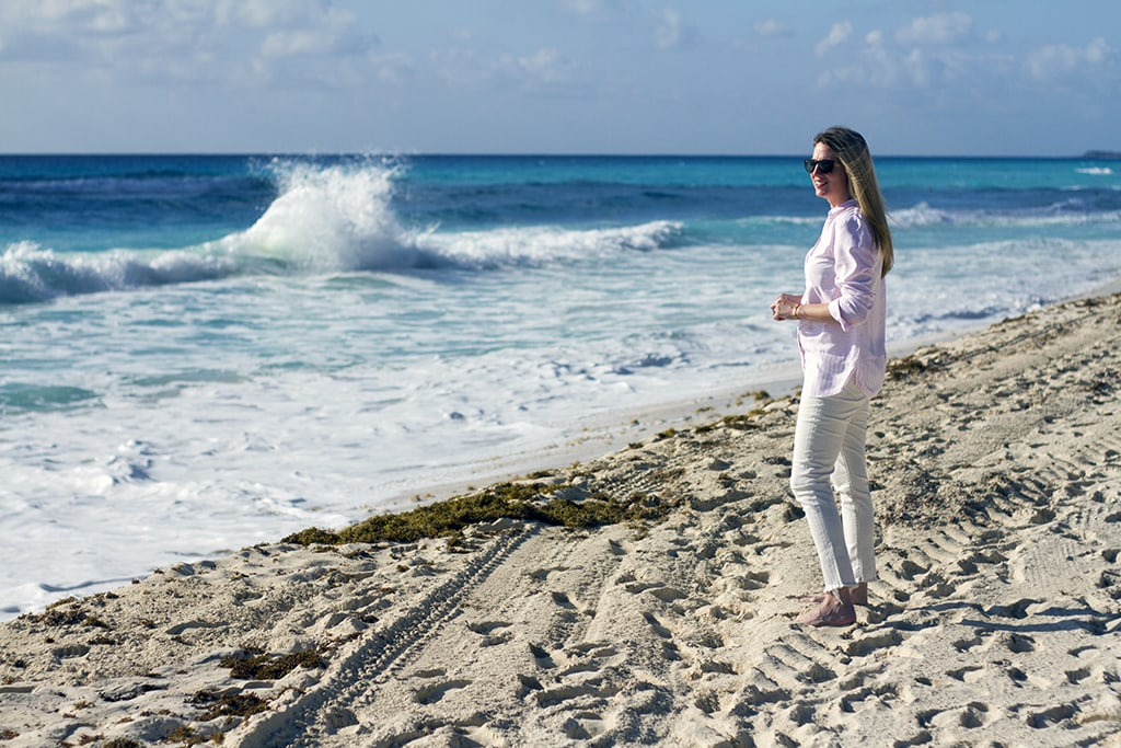 Long sleeve tunic for the beach