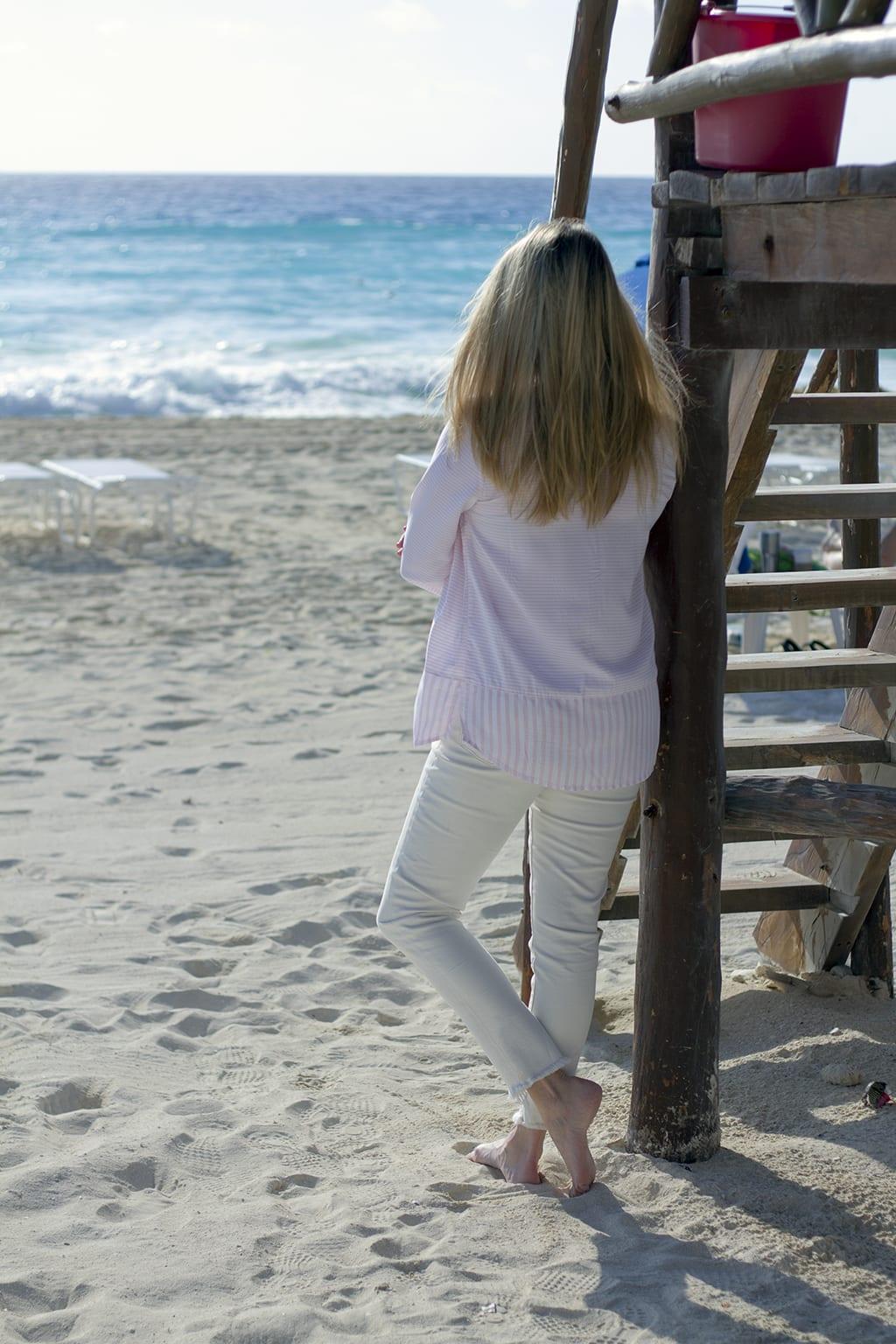 Long sleeve tunic for the beach