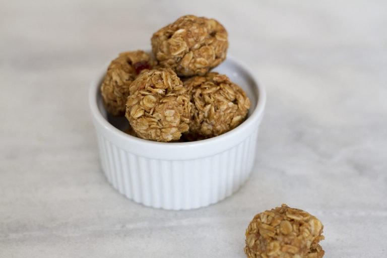 Peanut Butter Jelly Oatmeal Balls, No-Bake