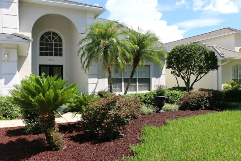 How to Give Your Front Yard a Facelift