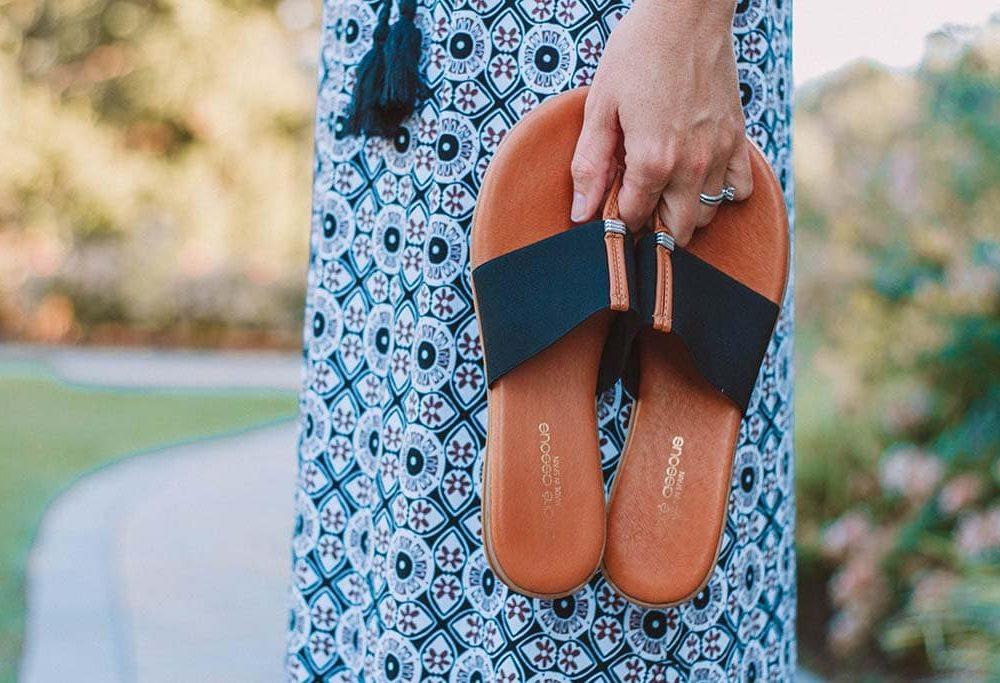 Andre Assous sandals