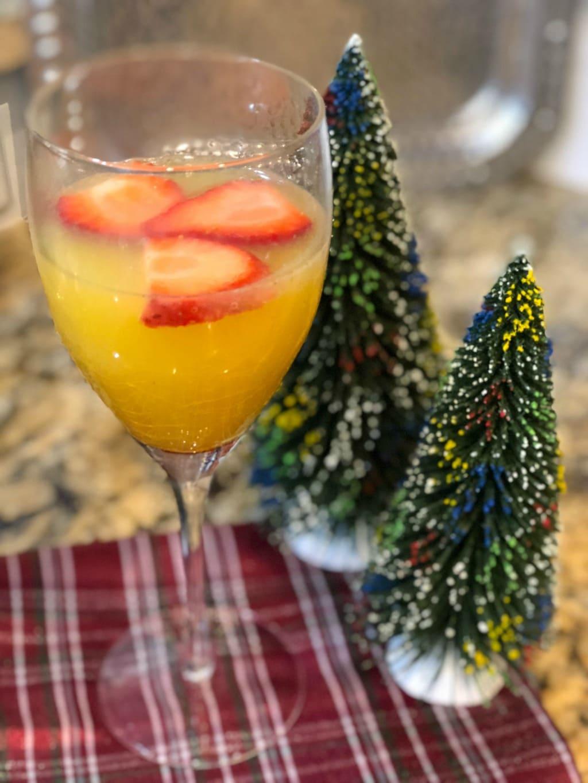 orange champagne cocktail recipe