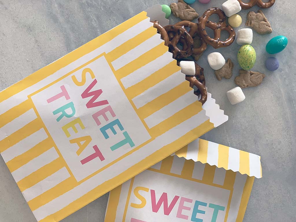 Easter Candy Snack Mix
