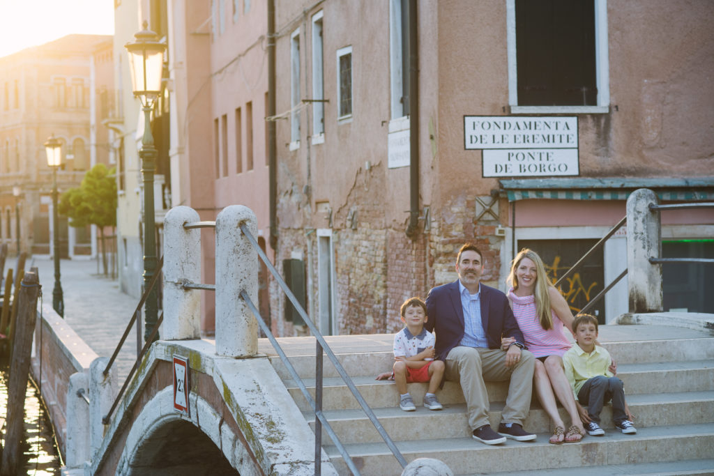 Family Flyotgrapher Review in Venice Italy