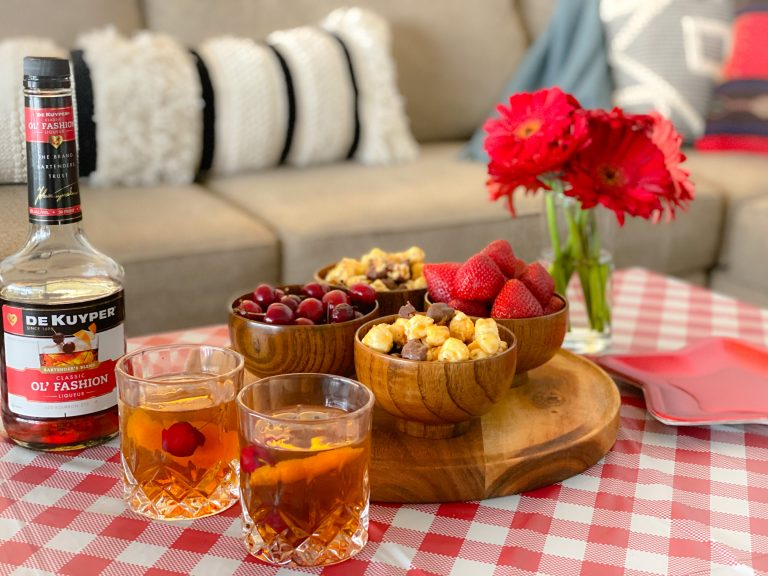 Easy Father's Day Picnic with Cocktails