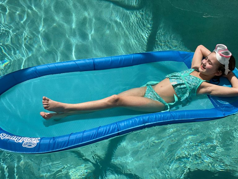 Must-Have Summer Pool Floats Fun